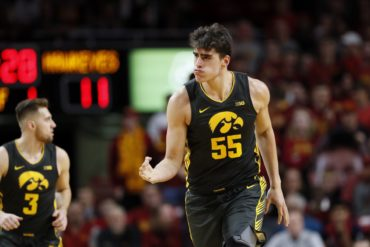 Luka Garza Iowa Hawkeyes Basketball 2020