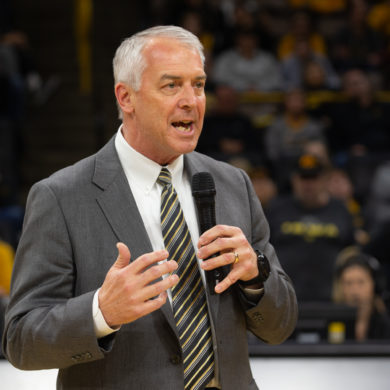 Gary Barta Iowa Président Comité College Football Playoff 2020