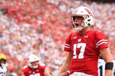 Jack Coan QB Wisconsin Michigan Week 4