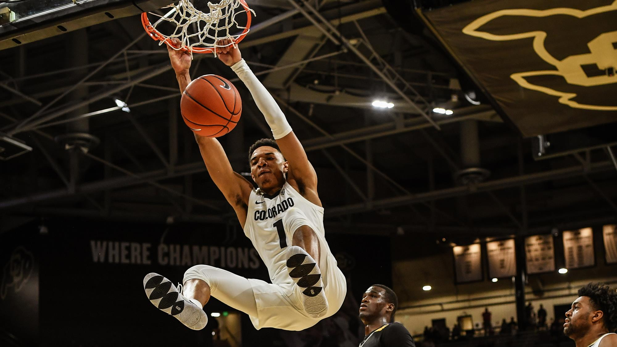 Tyler Bey Dunk Colorado Buffaloes 2020