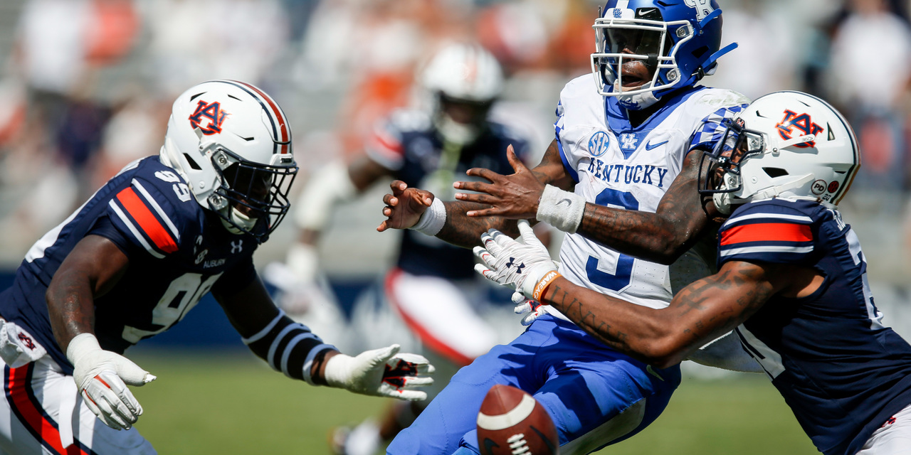 Terry Wilson QB Kentucky Wildcats vs Auburn Week 4 2020
