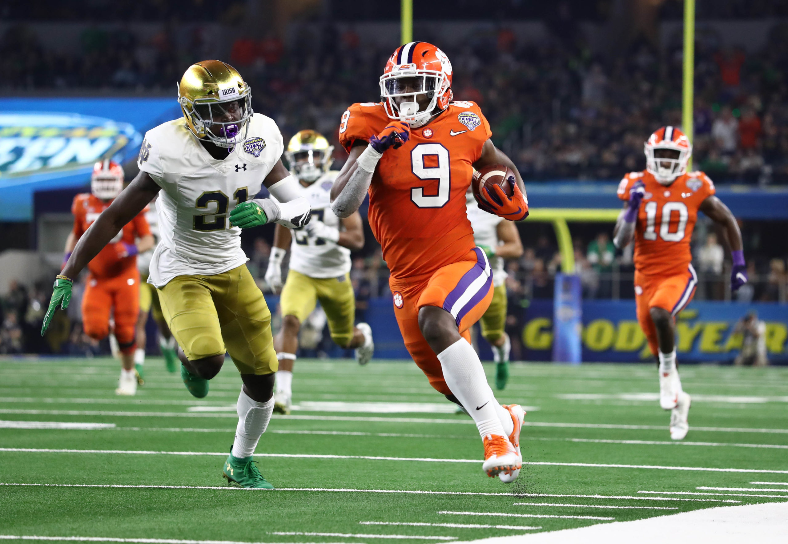 Travis Etienne RB Clemson Tigers vs Notre Dame Cotton Bowl CFP 2019