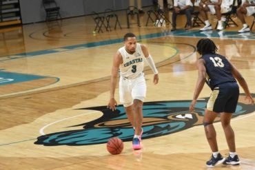 Devante Jones Coastal Carolina Chanticleers vs Wofford 2021
