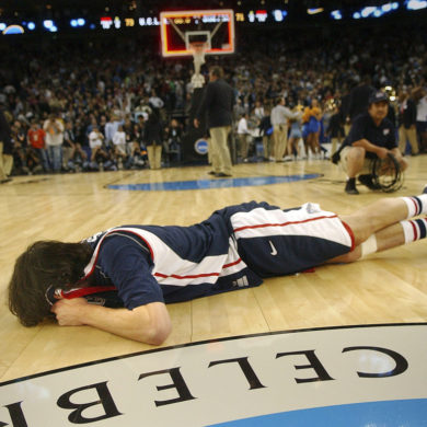 Adam Morrison Larmes Gonzaga Bulldogs vs UCLA Sweet 16 March Madness 2006